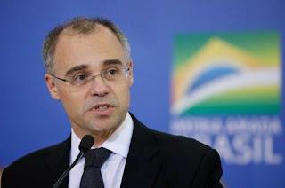 André Mendonça ganha concorrentes na disputa por vaga no Supremo