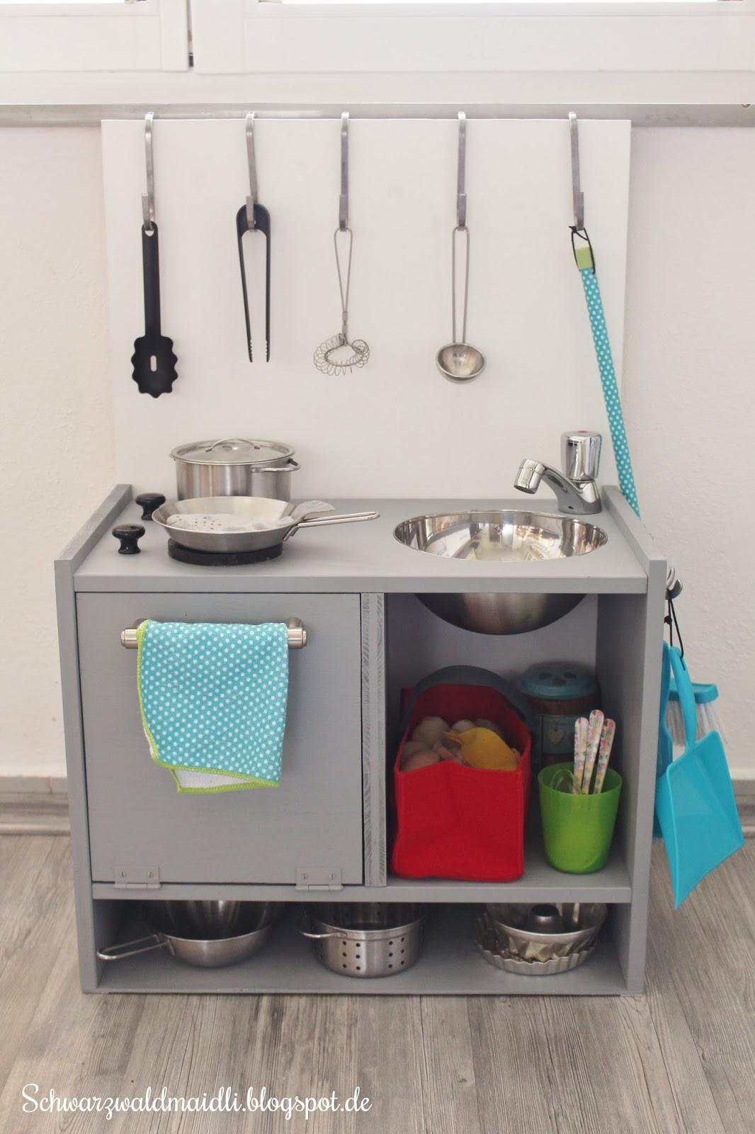 Schwarzwaldmaidli: [DIY] Eine Spielküche für den kleinen Mann