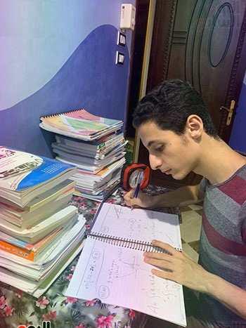 الأول على الجمهورية فى الثانوية العامة من محافظة المنوفية: قدوتى أحمد زويل