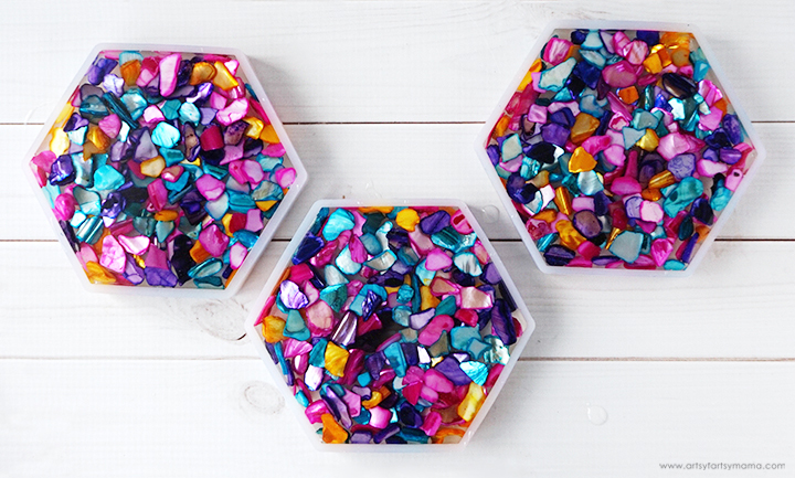 Dyed Shells in Resin Molds