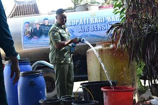 Masyarakat Sangat Terbantukan dengan Program Bupati Trenggalek Bagi-bagi Air Bersih
