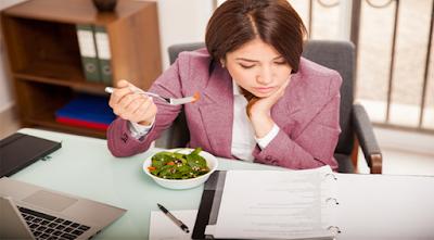 mengatur pola makan sehat untuk pekerja kantoran