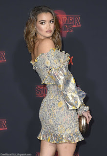 Paris Berelc Photo Gallery at the Premiere of Stranger Things Season 2