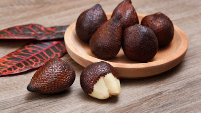 buah salak, salak, manfaat salak, khasiat salak, kandungan salak