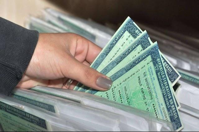 Licenciamento anual sobe mais de 40% em SP, mas é possível pagar sem todo este aumento