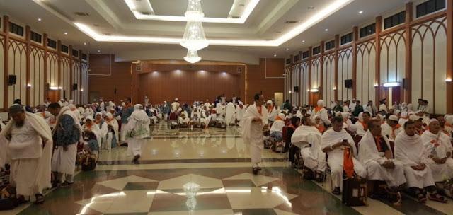 Seorang Jemaah Haji Embarkasi Jakarta Hilang Istri Saat Proses Boarding, Suasana Sempat Panik
