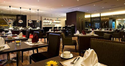 Suasana tempat makan hotel concorde shah alam
