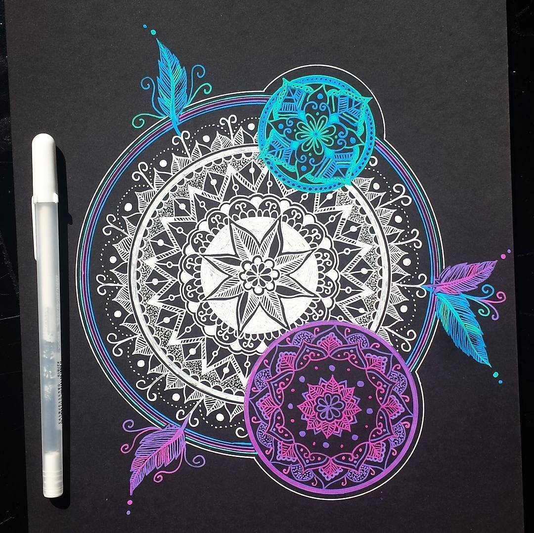 04-Alison-Hand-Drawn-Mandala-Illustration-www-designstack-co