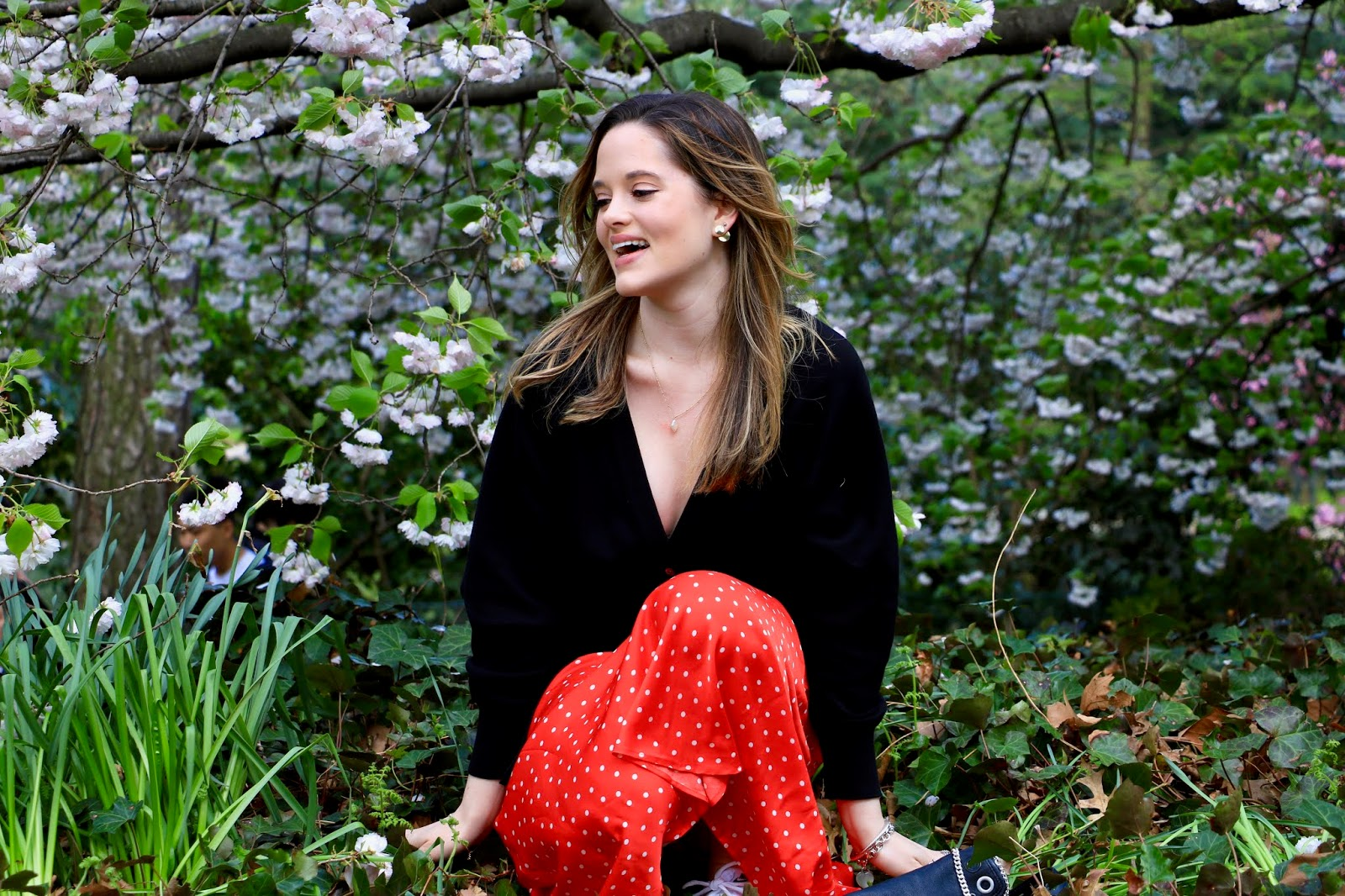 Nyc fashion blogger Kathleen Harper at the Brooklyn Botanical Gardens
