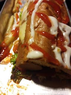 Menyantap Roti Gaya Baru di Roti Bakar 543