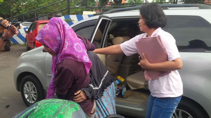 RN berjilbab hitam digiring ke Unit PPA Polresta Bogor