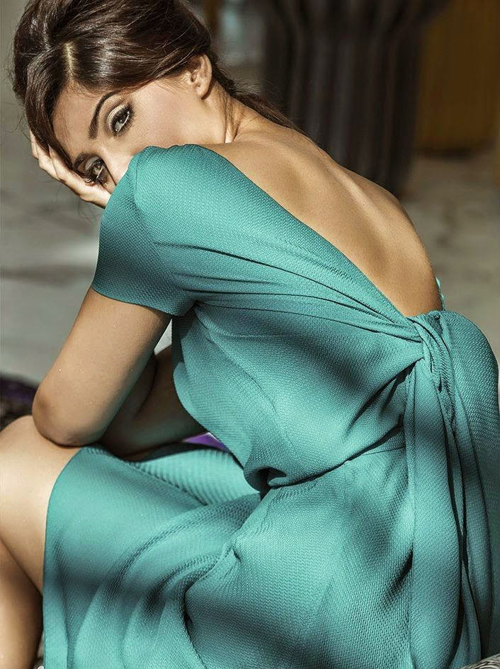Sonam Kapoor Hot Back Show
