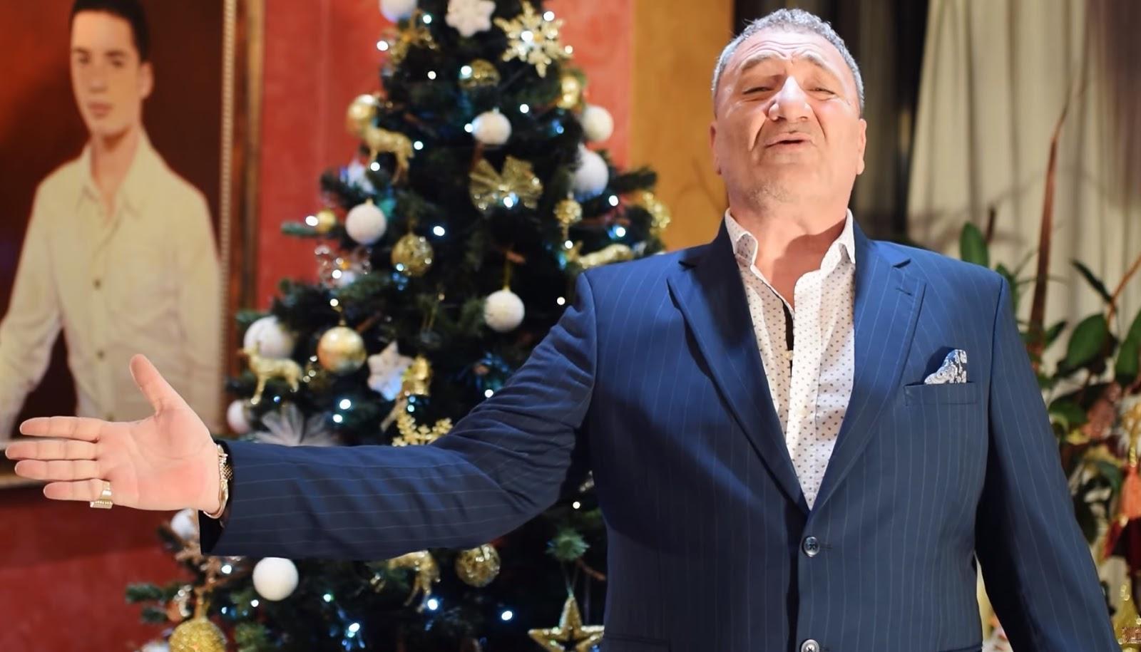 Nelson Mondialu s-a apucat de cântat. Ascultă colinda de Crăciun adresată românilor