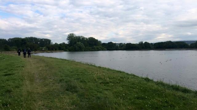 walking round reservoir hunting for Pokemon #PokemonGO