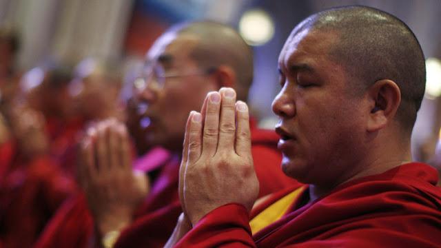 Encarcelan a un monje budista en EE.UU. por gastarse en un casino los fondos de su templo