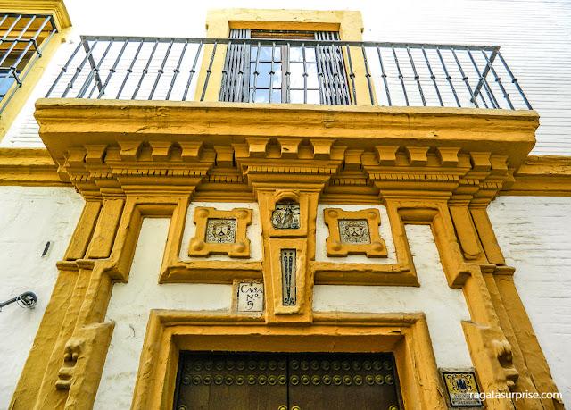 Fachadas barrocas no Bairro de Santa Cruz, Sevilha