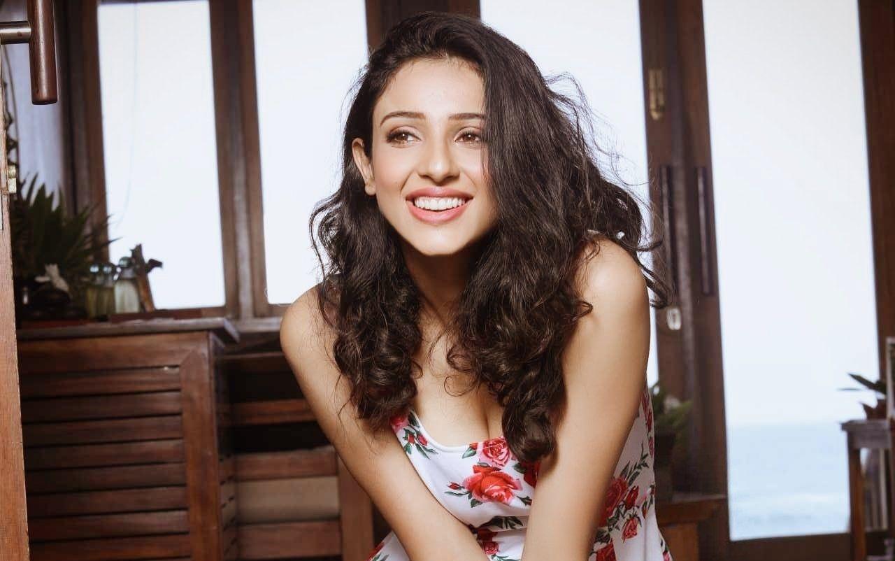 Actress Riya Suman Latest Photos
