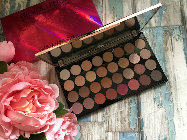 makeup revolution flawless 3 resurrection eyeshadow palette