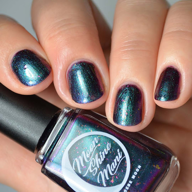 blue to purple multichrome nail polish swatch