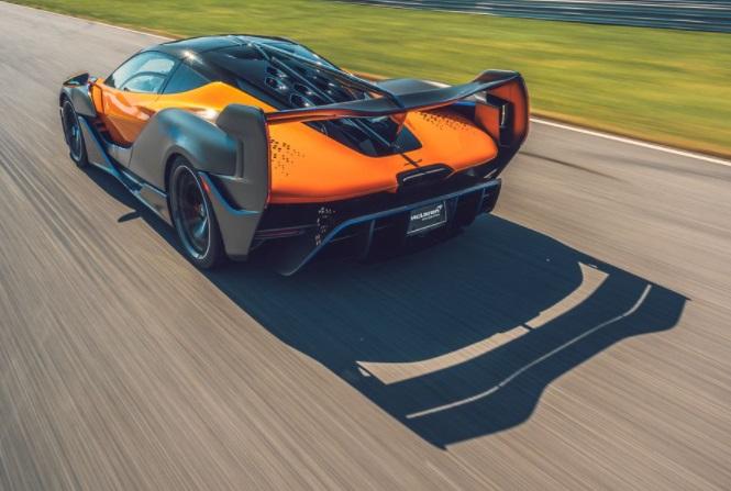 Desain Belakang dan Sayap Belakang McLaren Sabre