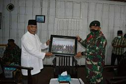 Kunjungi Kedaton Kesultanan Tidore, Yonif RK 732/Banau Ucap Terima Kasih di Gurah Bunga