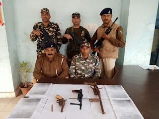 बाराचट्टी एसएसबी,पुलिस को बड़ी कामयाबी,315 कोनतेरी मेड रायफल देशी कट्टा जिंदा कारतूस,अवैध हथियार बरामद