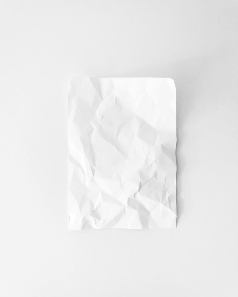 Flat lay styling: estilizar con objetos de la oficina