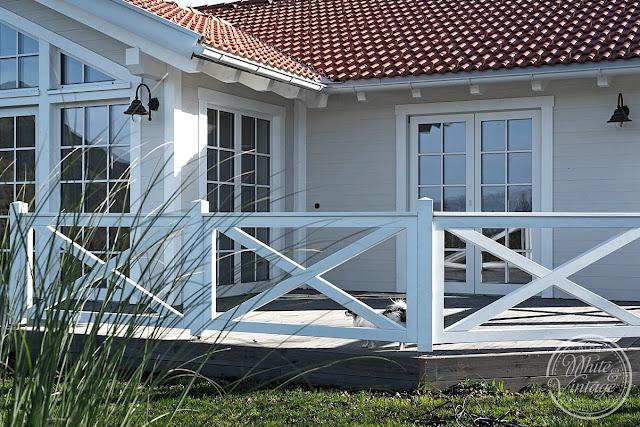 Schwedenhaus mit Holzterrasse