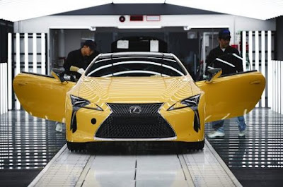 Lexus LC500h Premiere for the Hybrid Sports Car