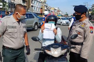 Petugas Intensifkan Pemeriksaan Prokes Warga Yang Masuk Kota Medan