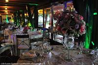 casamento com cerimônia ao ar livre à beira do rio guaíba no clube veleiros do sul de porto alegre com decoração simples estilo rústico por life eventos especiais