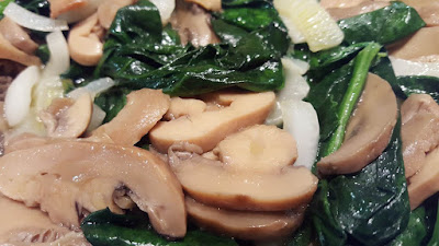 Spinach & mushrooms stir fry
