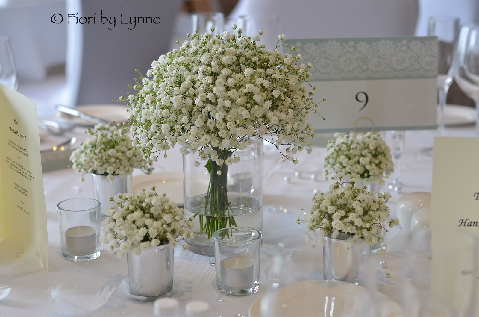 Wedding flowers blog hannah 39 s vintage wedding flowers - Centre de table vase cylindrique ...