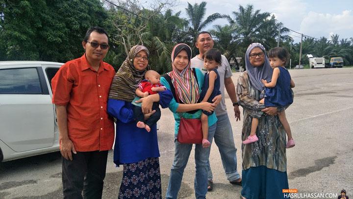 Gambar Raya Aswal Hassan dan Keluarga