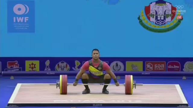 PESAS: Venezolano Keydomar Vallenilla rompió el récord mundial juvenil en la categoría de los 89 kg tras levantar 169 kg