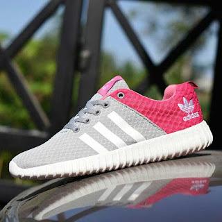 Jual Sport Adidas Yeezy Boost Warna Abu-abu Pink
