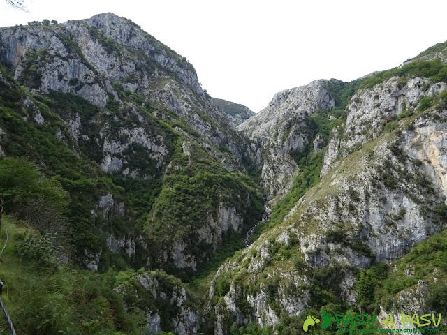 Canal de Reñinuevo: Desfiladero del Río Urdón