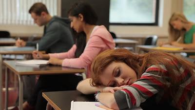 students-sleep-in-class