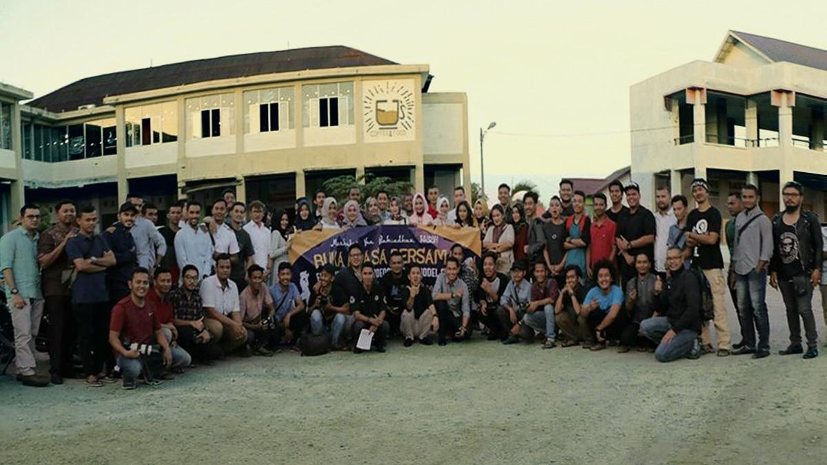 Serunya Foto Bersama Komunitas Fotografer Aceh