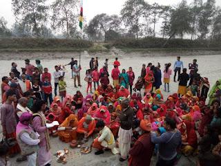 हजारों भक्तों ने गाजे बाजे के साथ निकाली चौव्वालिसवीं विष्णु महायज्ञ की जल कलश शोभायात्रा