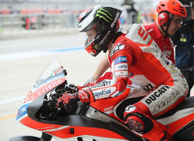 Lorenzo, Sembilan Tahun di MotoGP Tanpa Injak Rem Belakang