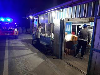 Antisipasi Gangguan Kamtibmas Pada Malam Hari Personil Polsek Anggeraja Laksanakan Patroli Blue Light