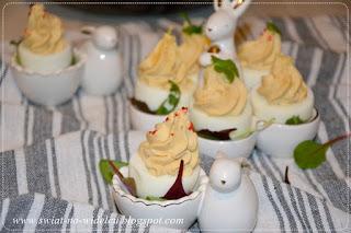 https://swiat-na-widelcu.blogspot.com/2020/03/jajka-nadziewane-pasta-ososiowa.html