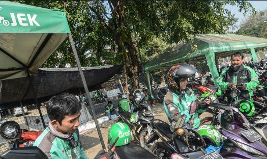 Driver Ojek Online Buka Jasa Antar Barang Lewat Tagar #ButuhDriver