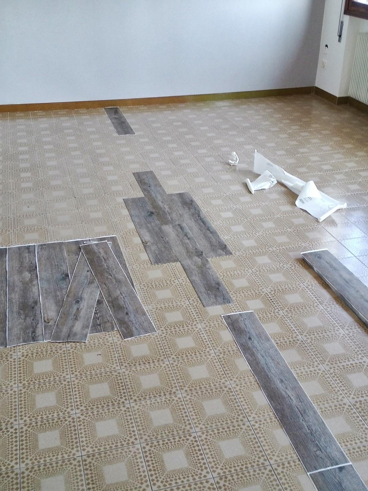 Pavimento vinilico effetto legno opinioni pannelli for Leroy merlin pavimenti gres effetto legno