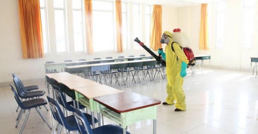 UGEL Chiclayo inicia fumigación de más de 70 colegios para el «Buen Inicio del Año Escolar»