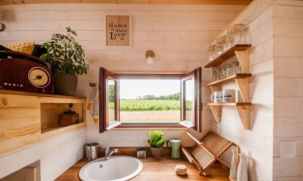 07-Sink-with-a-View-Baluchon-Multi-Level-Prefabricated-Tiny-House-on-Wheels-www-designstack-co