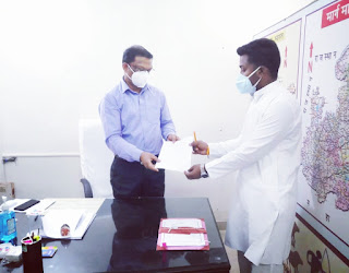 कांग्रेस के युवा नेता सोपान कोहले ने डिप्टी कलेक्टर, स्वास्थ्य अधिकारी से की भेंट