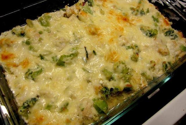 Chicken and Broccoli Cheesy Casserole – Low Carb Recipe