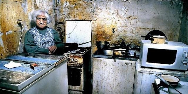 l 39 chelle de jacob une personne seule a besoin de euros par mois pour vivre. Black Bedroom Furniture Sets. Home Design Ideas